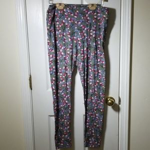Lularoe tall and curvy gray flower leggings